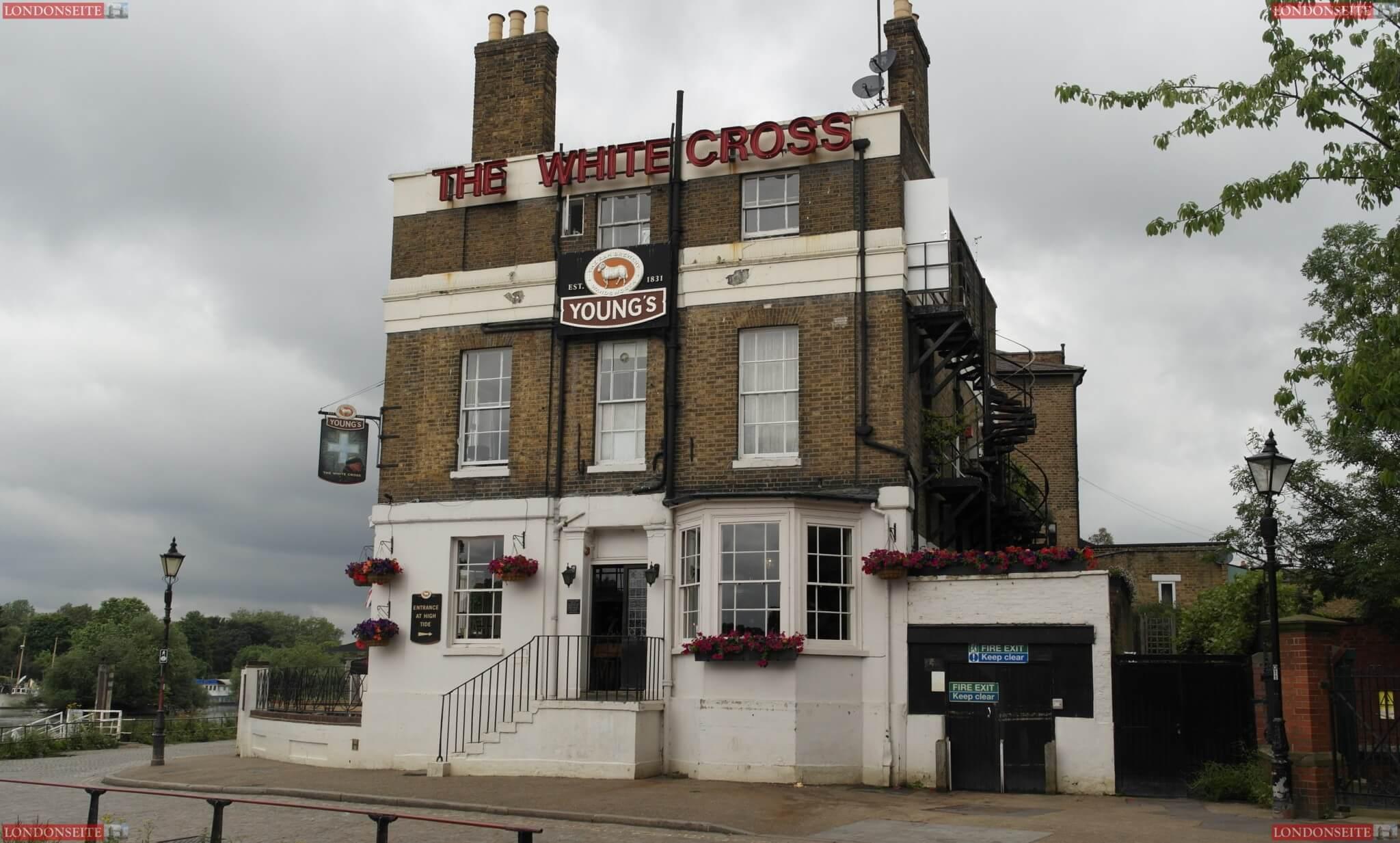 Richmond White Cross