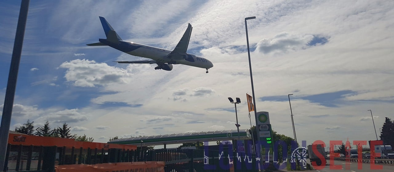 Plane Spotting Heathrow