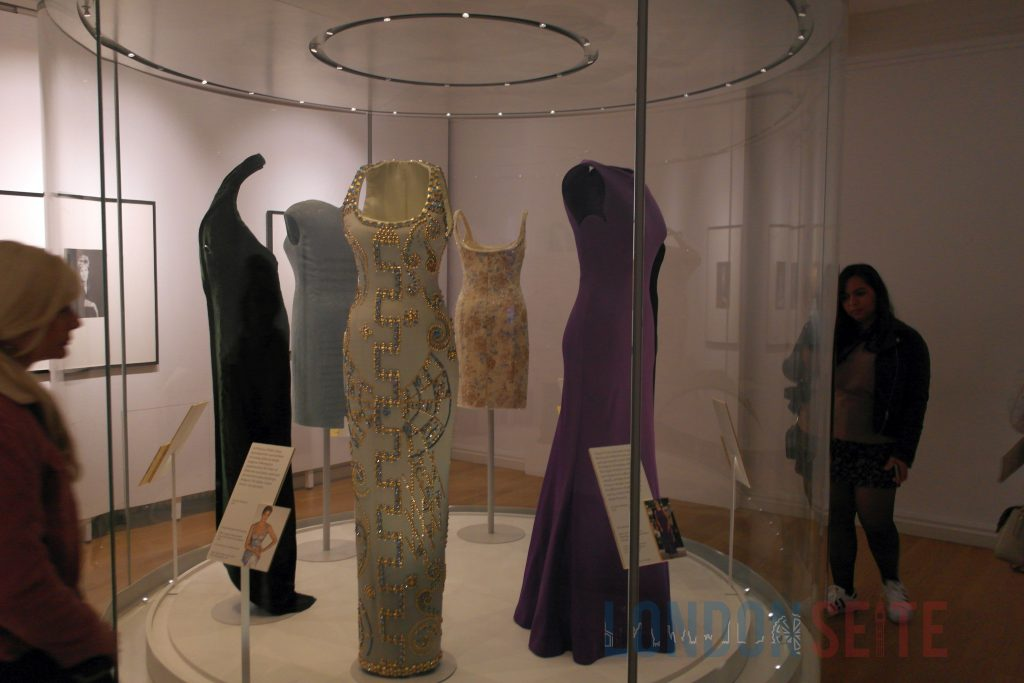 Kensington Palace Diana Fashion